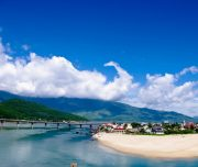 lang-co-beach-danang-private-car