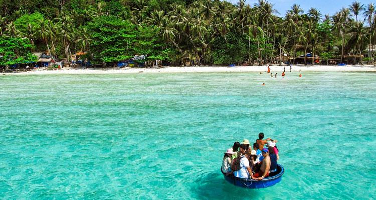 Take a trip to Cham Island