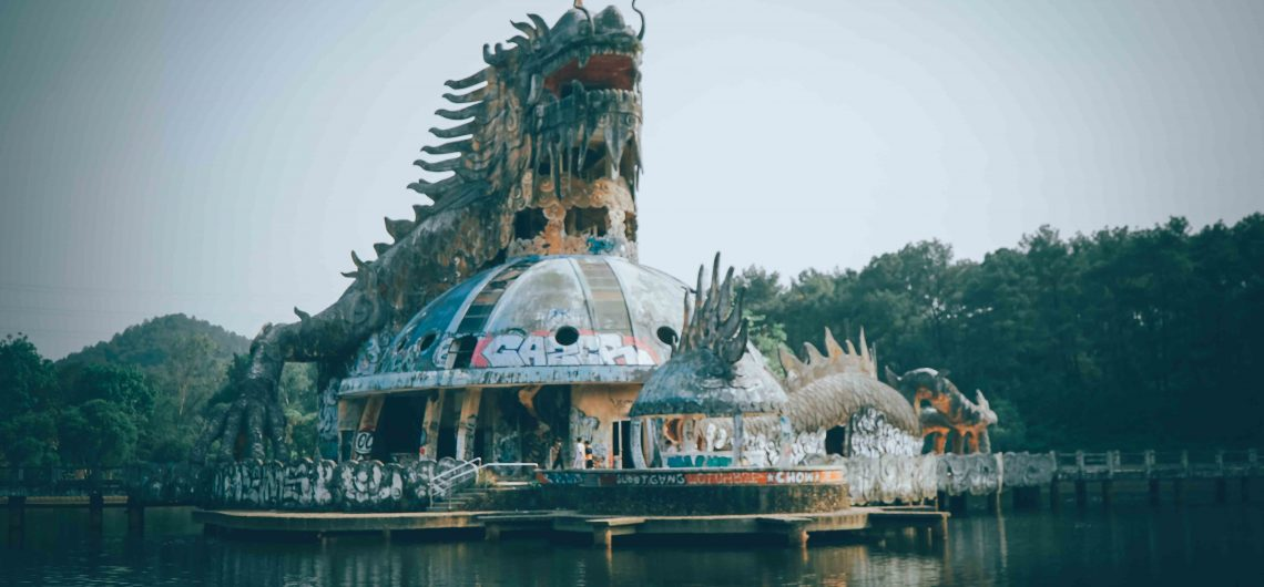 Ho Thuy Tien - The abandoned water park in Hue
