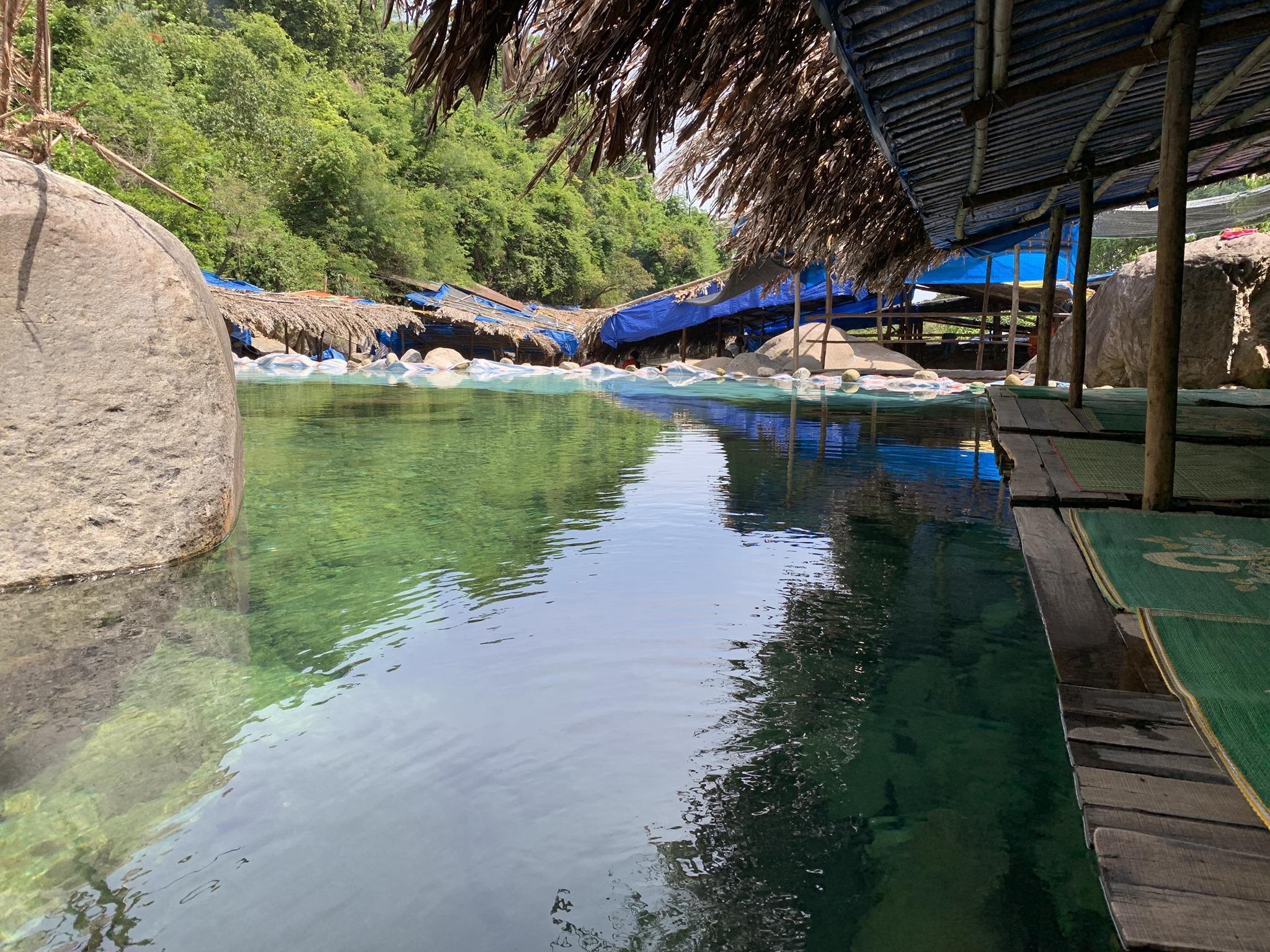 Danang To Hue - Elephant Spring